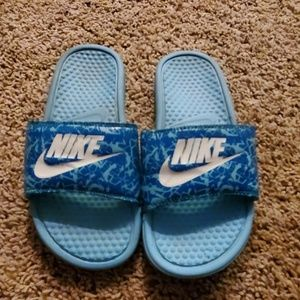 🌺🌼🌺🌼Nike Sandals size 7